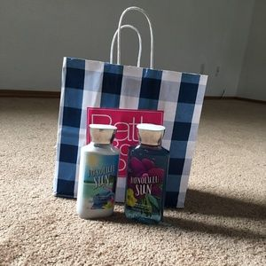 Bath and Body Works Lotion and shower Gel (new)